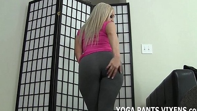 Check out the how new yoga pants I just got JOI