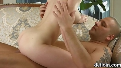 Fervid girl stretches narrow kitty and gets devirginized