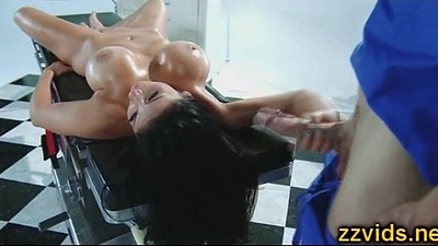 Audrey Bitoni screwed by massagist