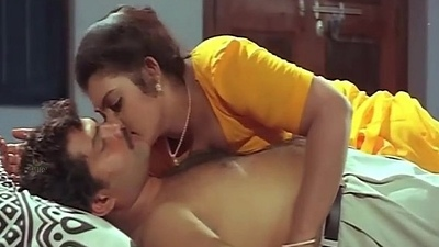 Mallu Aunty Masala Bathing Romantic Videos