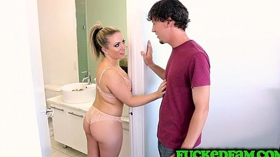 MILF Carmen Valentina makes stepson an offer he tuchis not unwillingly